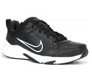 Nike. DEFYALLDAY