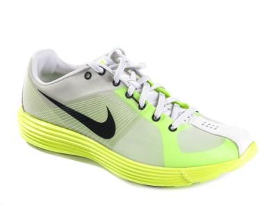 Nike. LUNARACER+