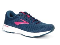 Brooks. REVEL 3 W